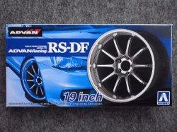 画像1: アオシマ 1/24 ザ チューンドパーツシリーズ No.33 アドバンレーシング RS-DF 19インチ
